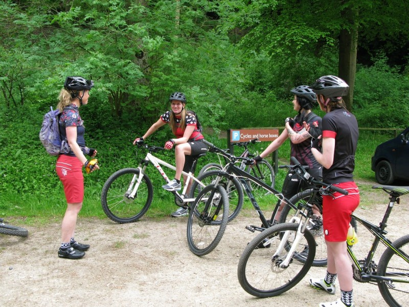beginners mountain bike training session